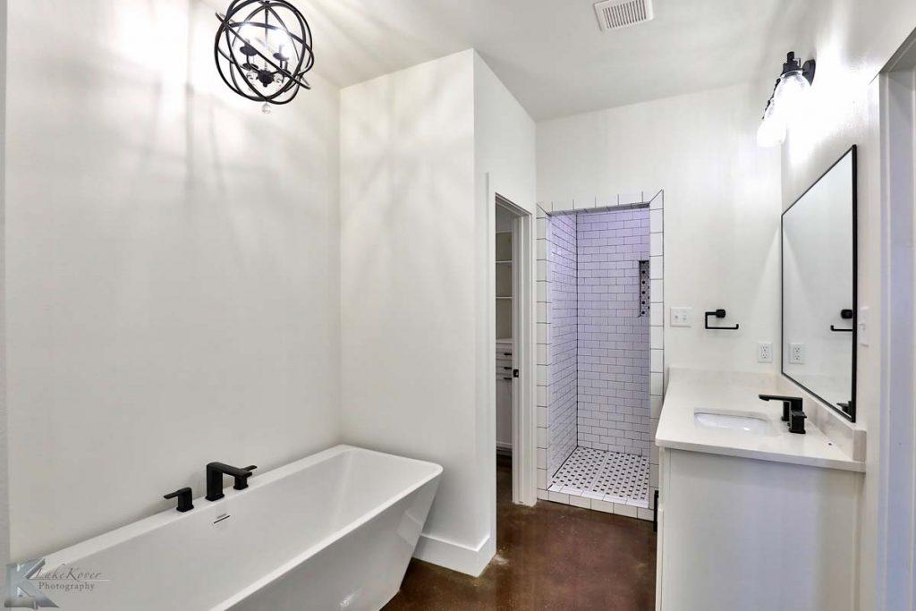 Cornerstone-Custom-Homes-Masster-Bath